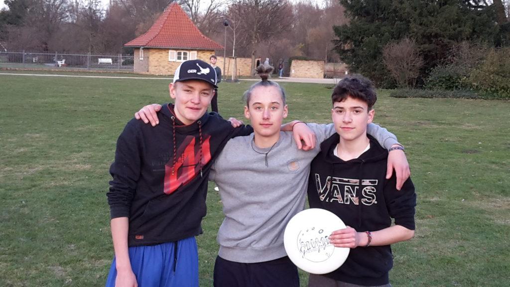 Jugendvorstand: Janos, Wieland, Rumen (v.l)